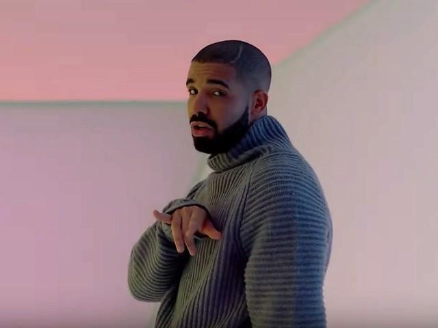Drake pubblica due brani a sorpresa per i Toronto Raptors