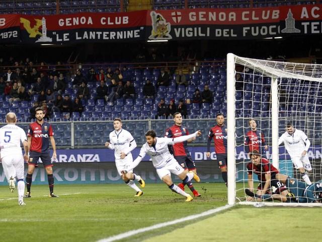 Gasperini fa uno scherzetto al Genoa: l'Atalanta prima rischia e poi si sveglia [FOTO]