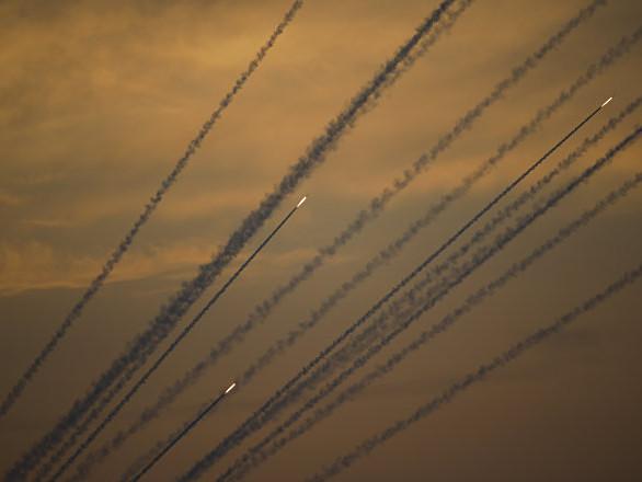 Israele, 250 razzi lanciati dalla striscia di Gaza in 27 ore