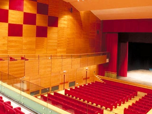 Da Cristicchi a Bergonzoni: il Teatro Fabbri costretto a cancellare quattro spettacoli