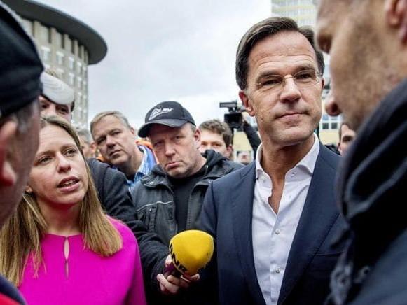 Troppe emissioni di ossidi di azoto, l'Olanda taglia a 100 il limite di velocità