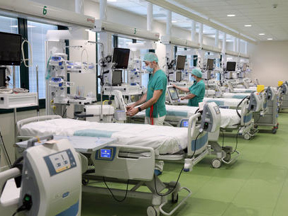 """Contagi, posti letto e terapie intensive ecco perché il Trentino rischia grosso ed è oltre il doppio del livello di """"allerta"""""""