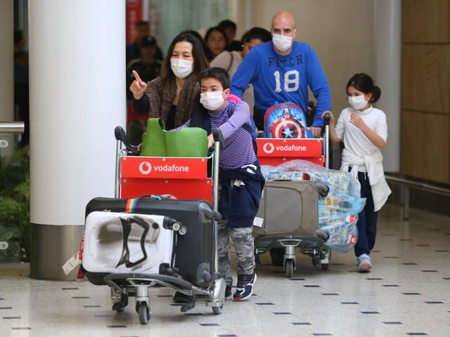 Virus cinese, l'Europa trema: un caso sospetto a Bari