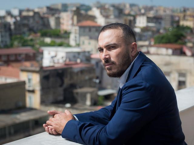 Francesco Di Leva, arte militante