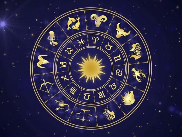 L'oroscopo di domenica 10 maggio: al top l'umore per Gemelli, amore in ripresa per i Leone