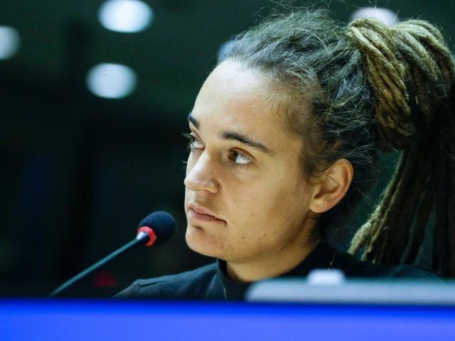 """Carola, buonista e impunita: """"Il suo arresto era illegittimo"""""""