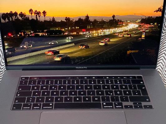Apple ha presentato il nuovo MacBook Pro da 16 pollici