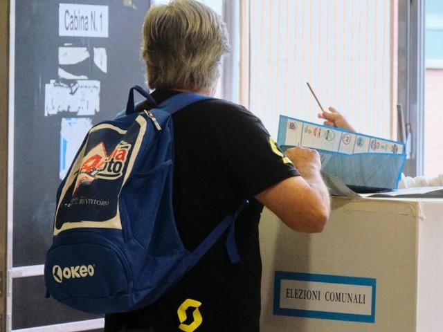 ELETTI ROSOLINI 2021, SEGGI CONSIGLIO/ Risultati, liste e preferenze: Spadola sindaco