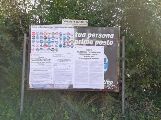 A Borgo Valsugana è guerra contro i manifesti elettorali di Claudio Cia f2a9975ced
