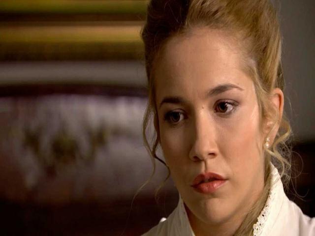 Anticipazione Una Vita, Elvira perdona Arturo: il gesto inaspettato