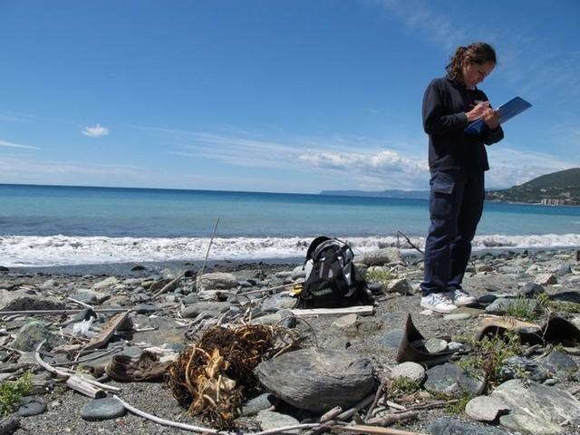 Sulle spiagge europee ogni anno più di 11.000 tonnellate di rifiuti provenienti da pesca e acquacoltura