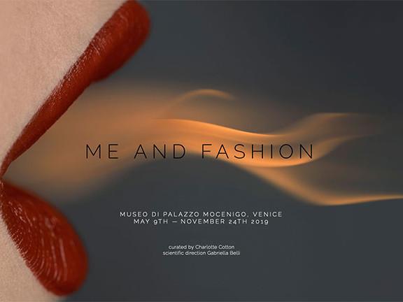 """Brigitte Neidermair, """"Me and Fashion"""": una mostra importante a Palazzo Mocenigo a Venezia"""