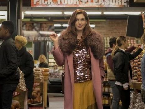 Modern Love su Prime Video dal 18 ottobre, spazio all'amore coi volti di Anne Hathaway, Tina Fey e altri