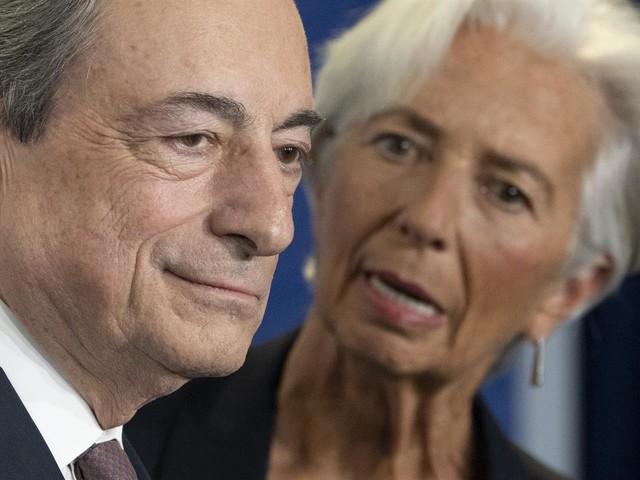 L'ultimo regalo di Draghi non basta: le banche italiane devono tornare a prestare danaro