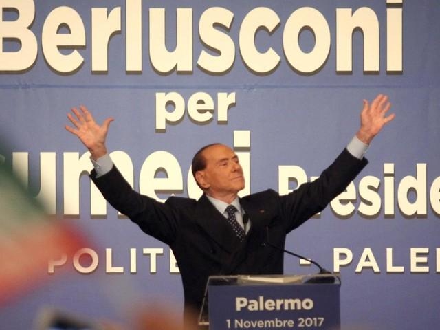 Anche Silvio scende in campo sui social, vince sulla rete