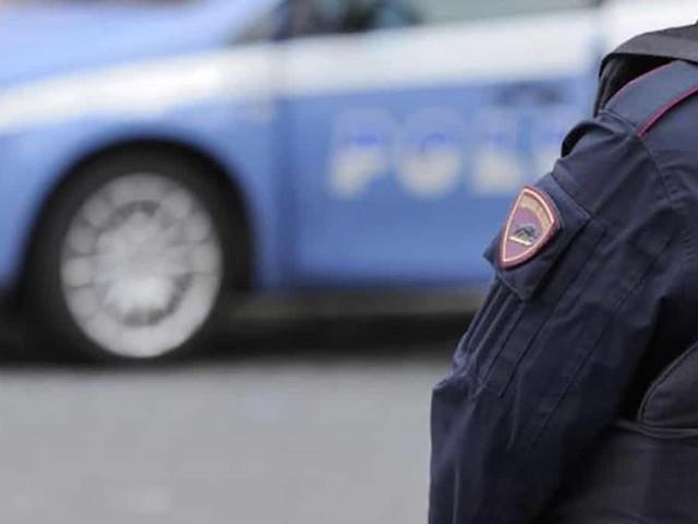Omicidio suicidio a Bologna: nel cassonetto cadavere di donna a pezzi, a casa fidanzato impiccato