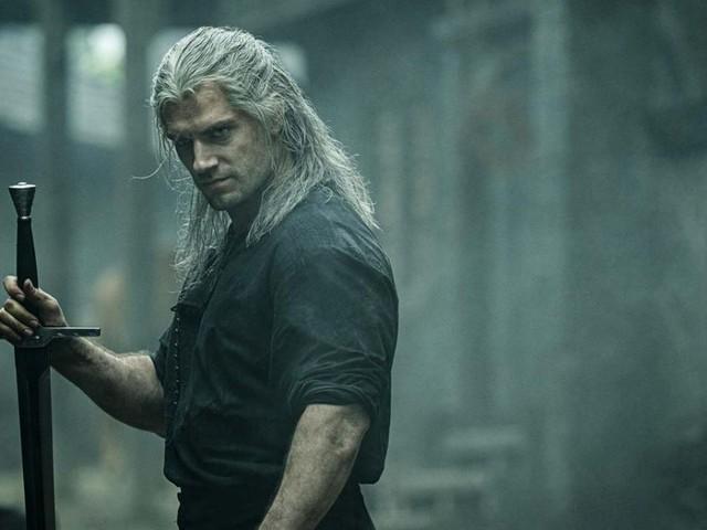 The Witcher 2 su Netflix ci sarà, Henry Cavill promosso prima del debutto