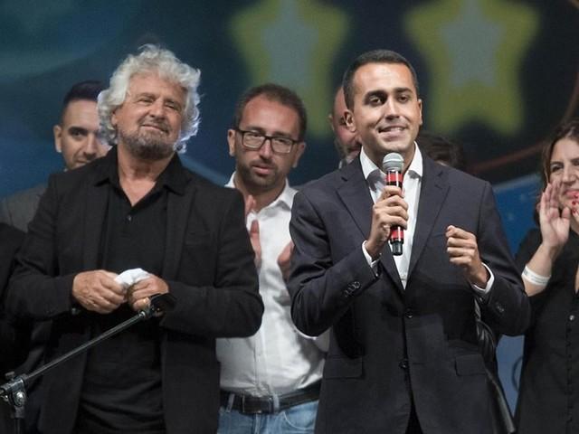 """Di Maio incontra un Beppe Grillo furioso: """"Ora ti spiego tutto"""""""