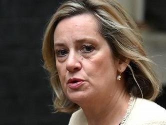 Brexit, si dimette per protesta la ministra del Lavoro britannica Amber Rudd