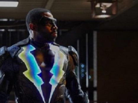 Black Lightning si prepara al debutto: si pensa ad un crossover con Arrow?