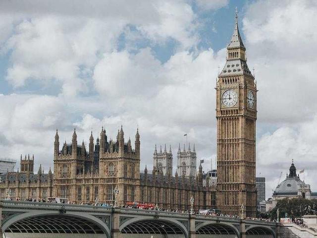 Vinci un viaggio a Londra con Virgin Radio