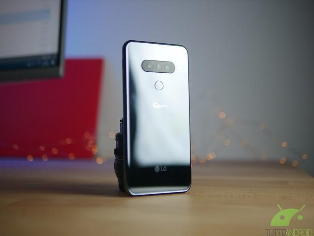 LG G8S ThinQ arriva in Italia: disponibile su Amazon a partire da oggi a 769,90 euro