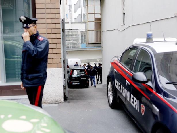 Acqui Terme, ferisce 38enne con cocci di bottiglia durante una lite: fermato