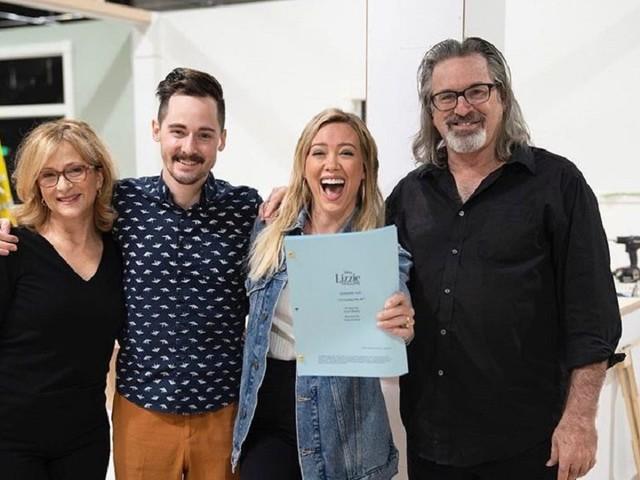 Prima foto del revival di Lizzie McGuire: la famiglia tornerà al gran completo?