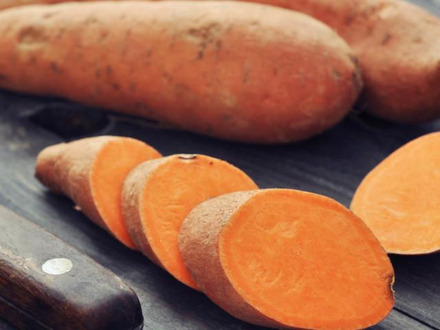 Le patate dolci fanno bene alla salute. Tutti i benefici e i modi per prepararle