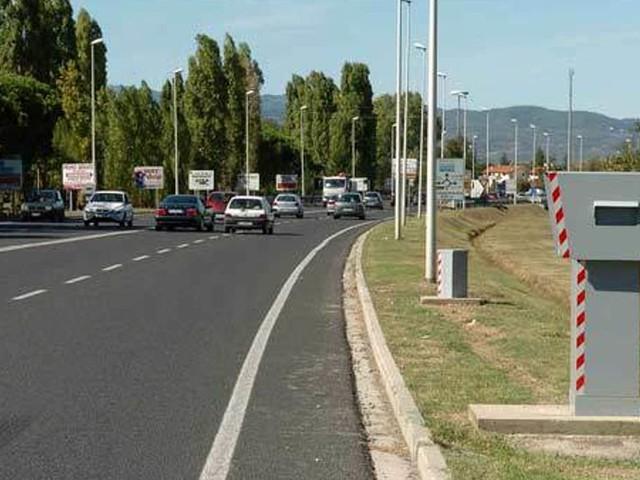 Occhio alle multe: entra in funzione un nuovo autovelox sull'Adriatica