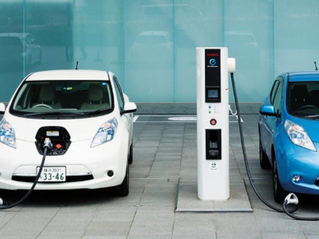 Nissan: per il futuro sono previste solo auto elettriche