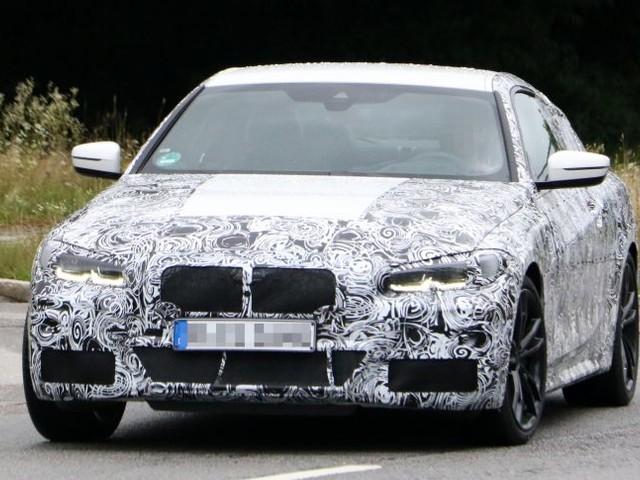BMW Serie 4 Coupé: le foto spia