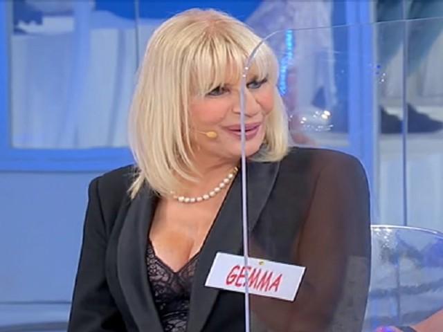 Uomini e Donne/ Anticipazioni puntata 19 ottobre: secchio d'acqua su Gemma?