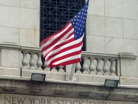 Usa, allarme S&P sull'economia: rischio recessione