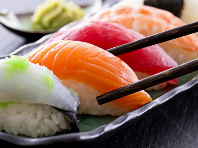 Pesce crudo: rischi e benefici