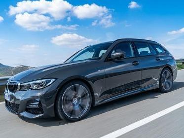 Nuova BMW Serie 3 Touring, il test drive della 330d xDrive