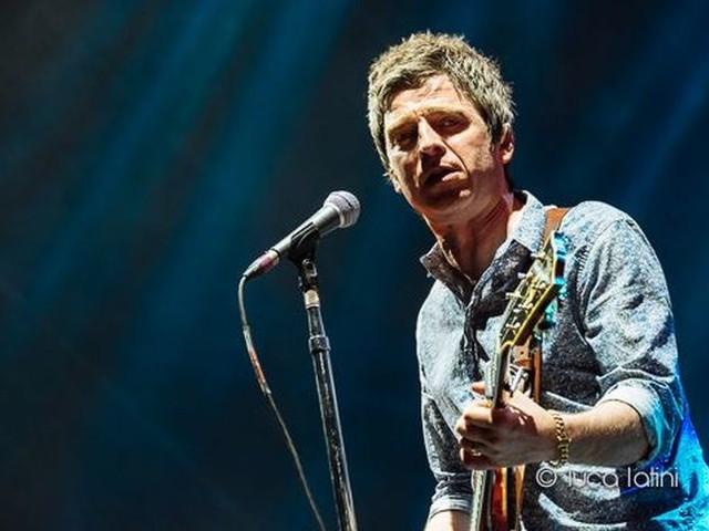 Sarà Noel Gallagher a riaprire alla musica la Manchester Arena