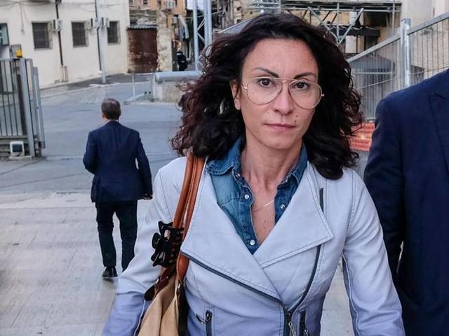 Fece entrare in carcere un suo assistente: indagata la deputata Occhionero