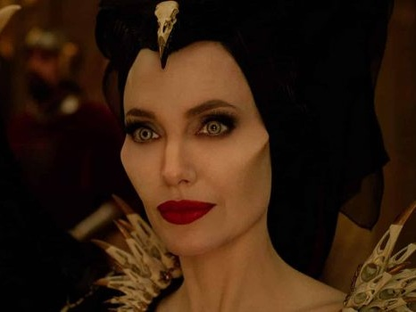 Angelina Jolie contro Michelle Pfeiffer in Maleficent: Signora Del Male