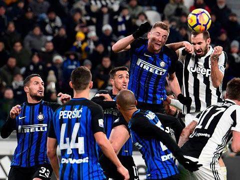 Inter, Perisic tagga Benatia: si riaccende la sfida con la Juventus