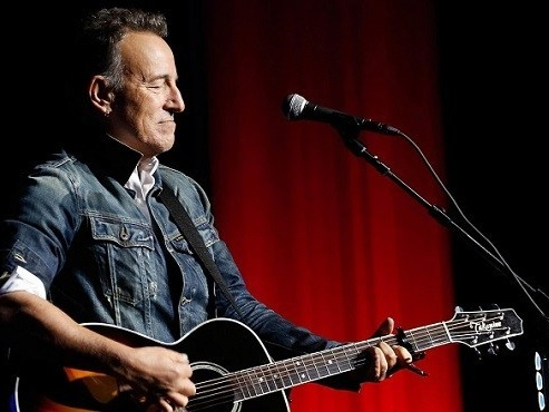 Bruce Springsteen: il lyric video di 'There Goes My Miracle', dal nuovo disco 'Western Stars'