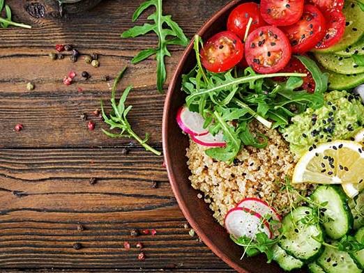Dieta vegana per 4 mesi migliora glicemia e flora intestinale