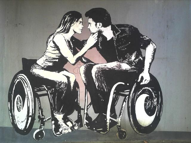 Tik Tok censura i disabili e le persone LGBTQ per proteggerli contro il bullismo