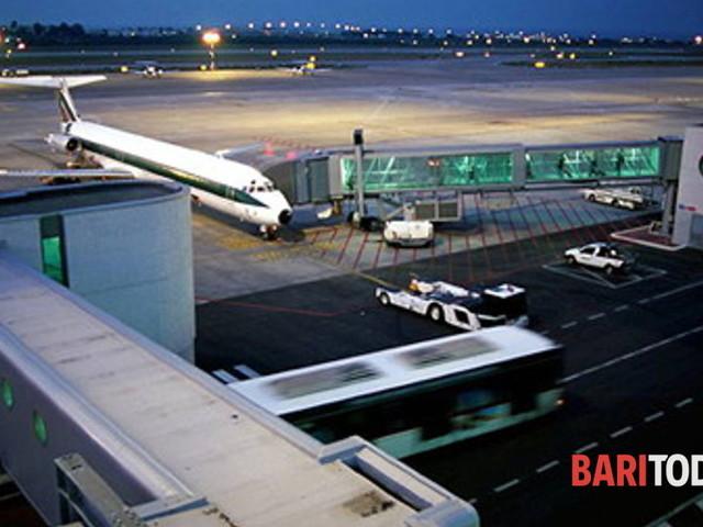 Sciopero personale Alitalia, disagi e voli cancellati anche all'aeroporto di Palese