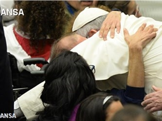 Francesco: la compassione è via privilegiata per edificare la giustizia