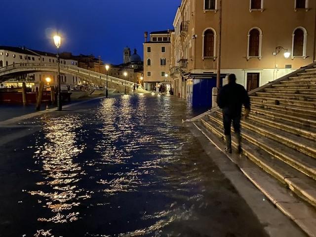 'Sette giorni a Venezia' tra campielli e fantasmi