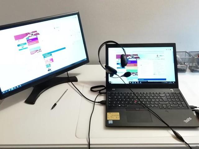 Un milione di euro alle scuole per gli studenti bisognosi di computer per video-lezioni