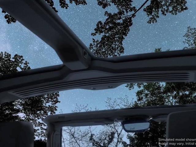 GMC Hummer EV - Un nuovo teaser mostra il tetto asportabile - VIDEO
