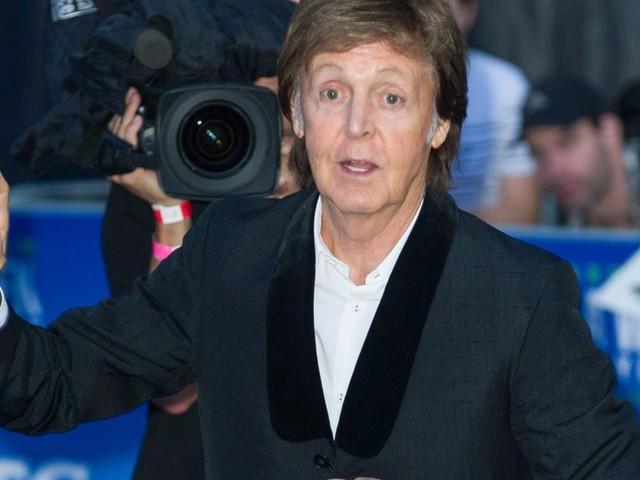 Paul McCartney, la sua nuova passione? Lo yoga per gli occhi