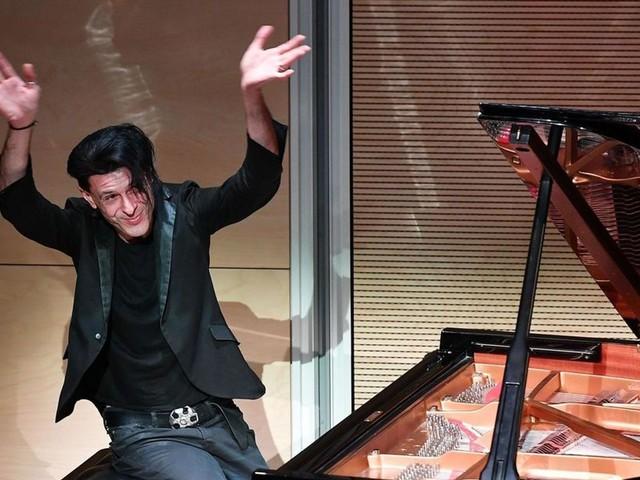 E' morto Ezio Bosso, il pianista che emozionava con musica e parole